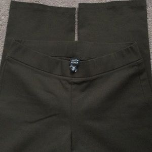 Eileen Fisher Olive pull on pants S
